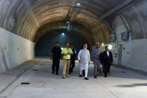 Some Kashmiris throw rocks, others hew them to build tunnels: PM Modi
