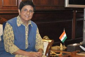 Kiran Bedi calls for joint fight against dengue
