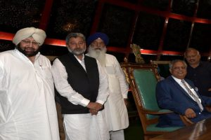 Amarinder's govt to review incomplete projects