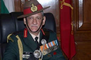 Army chief visits terror attack site in Kupwara