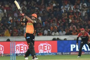 IPL 2017 SRH vs RCB: Defending champions begin campaign with 35-run win