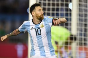 'Why does Messi carry the entire burden of Argentina?'