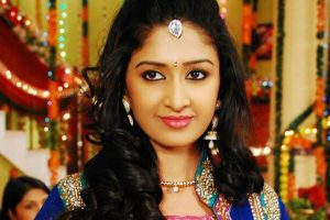 Farnaz Shetty suffers burns on 'Waaris' set