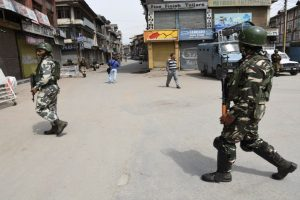 Protesters injured in Srinagar bypoll violence