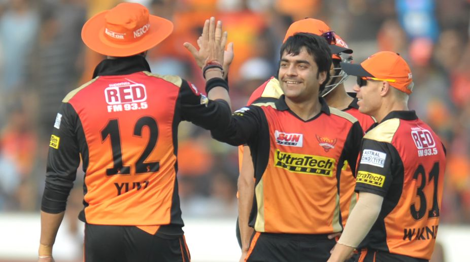 IPL 2017: SRH's Rashid, Bhuvneshwar strike to keep Gujarat under control