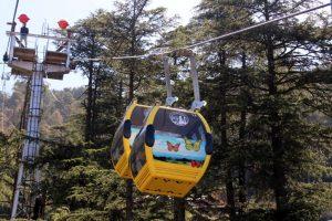 Jakhoo ropeway starts in Shimla