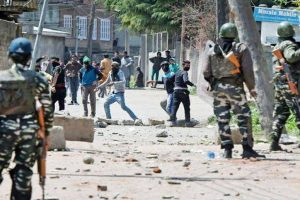 Clashes between youths, security forces after Eid prayers in J-K