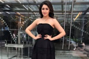 When Sayyeshaa stunned Prabhudheva with her moves