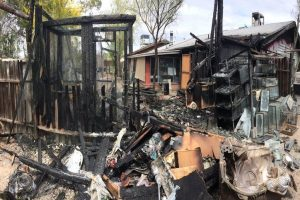 Over 500 Delhi shanties gutted in fire
