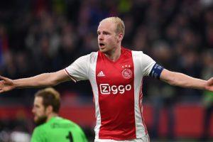 Europa League: Ajax beats Schalke 2-0