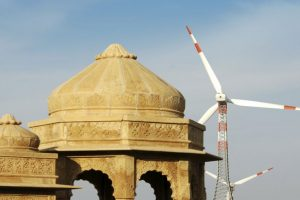 Govt signs MoAs to purchase 1,000 MW wind power