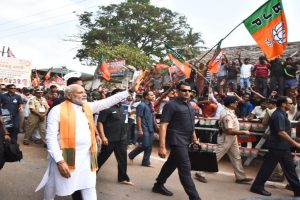 Modi meets descendants of Paika Rebellion martyrs in Odisha