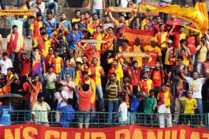 East Bengal coach Mridul Banerjee injured on first day in training!