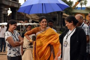 Rare moment of Sivagami captured on Baahubali 2 set