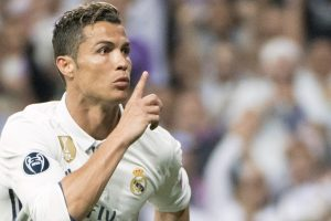 Would like Barcelona to give us guard of honour: Ronaldo
