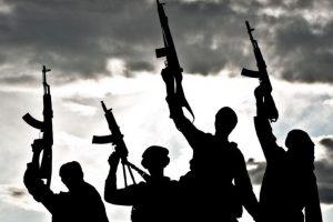 Suspected militants loot bank in Kashmir