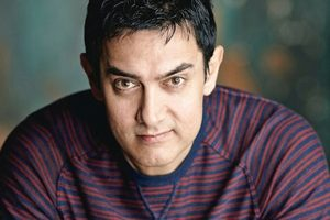 Aamir promotes 'Dangal' in China with sport stars