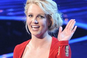 Britney Spears has 'Cyndi Lauper kind of day'