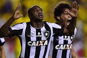 Botafogo go top of Copa Libertadores group