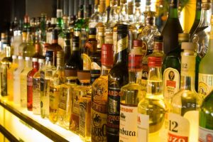 Delhi locality holds hearing on liquor shops