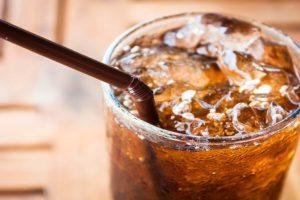 Drinking diet soda daily ups dementia, stroke risk: Study