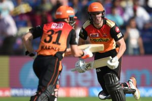 IPL 2017: Moises Henriques fireworks lift Sunrisers Hyderabad to 176/3
