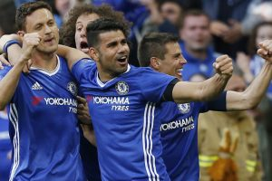 FA Cup: Chelsea thumps Tottenham Hotspur to march into final