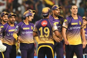 IPL 2017: Coulter-Nile, Woakes, De Grandhomme claim 3 wickets each as KKR thrash RCB