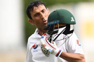 Pak cricket community hails Younis Khan for 10,000 runs milestone