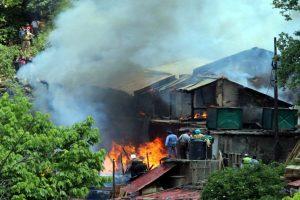 Fire in Shimla razes timber depot, labour hostel