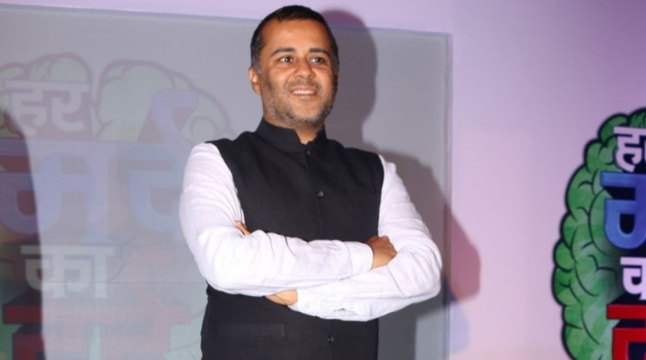 Chetan Bhagat's book in DU syllabus sparks off hilarious reactions