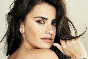 Penelope Cruz doesn't own a TV
