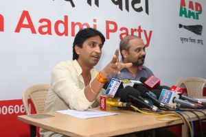 Vishwas quits 'responsibility' as AAP's overseas fundraiser