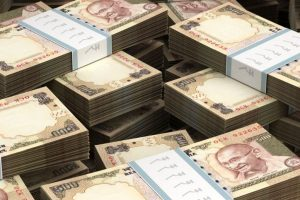 Rs.58.86 lakh in scrapped currency notes seized; 3 detained