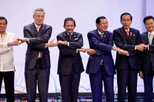 Asean leaders' summit opens in Manila