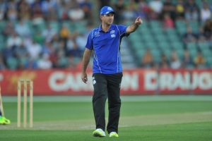 Ricky Ponting knows nothing about England dressing room: Root