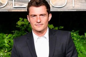 Orlando Bloom 'apologises' to sacked waitress
