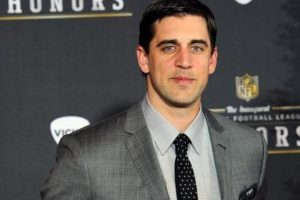Aaron Rodgers spotted on golf date with Kelly Rohrbach