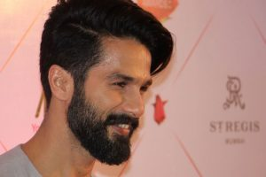 Shahid Kapoor rocks with new dance partner!