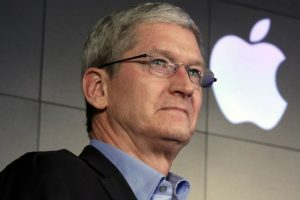 DACA: Tim Cook stands behind Apple's employees