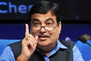 Nitin Gadkari promises Rs. 60,000 crore to Maharashtra for irrigation in two years