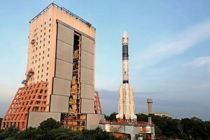 Congratulations pour in for ISRO on new milestone