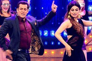Salman Khan to launch Mouni Roy?