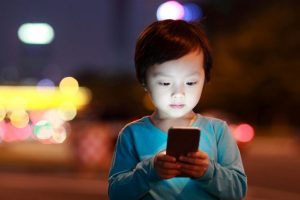 Smartphones, tablets may cause speech delays in kids