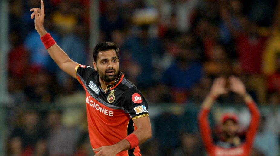 Aniket Choudhary strikes as RCB restrict KXIP to 138/7