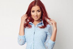 Amy Childs uses her placenta as face cream