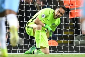 Manchester City keeper Claudio Bravo ruled out for rest of season