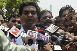 Sack me if you can, Kapil Mishra dares AAP