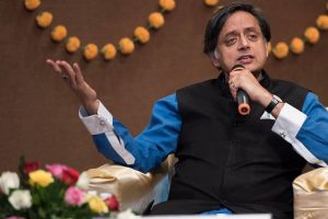 'Books on the Beach' litfest to start at Kovalam: Shashi Tharoor