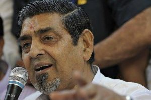 Court makes Tytler to submit his passport to CBI, asks agency to decide on FIR